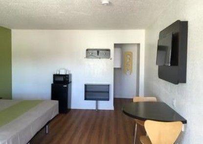 Motel 6 Santa Maria - South
