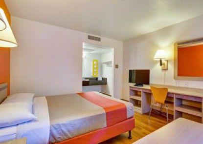Motel 6 Santa Rosa North