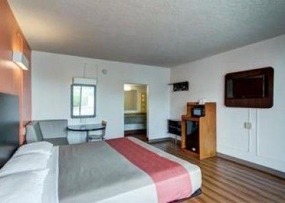 Motel 6 Somerset