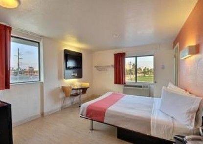Motel 6 South Padre Island