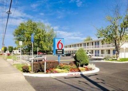 Motel 6 Tacoma - Fife