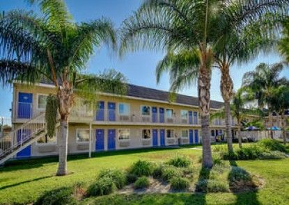 Motel 6 Ucr Riverside