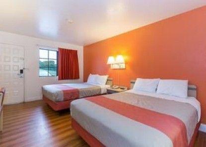 Motel 6 Vallejo - Maritime North