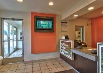 Motel 6 Woodland - Sacramento Area