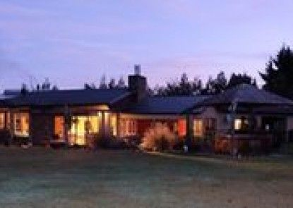 Mount Maude Country Lodge