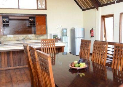 Mutiara Bali Resort Villa Ruang Makan