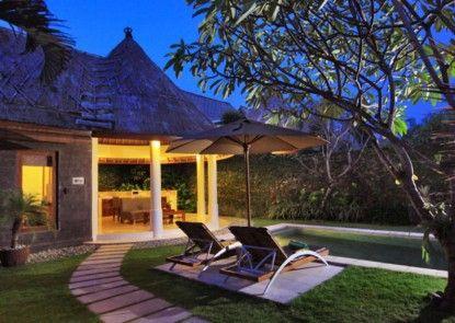 Mutiara Bali Resort Villa Eksterior