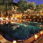 https://cdn01.tiket.photos/img/business/m/u/business-mutiarahotelbandung-hotel-bandung4956.sq3.jpg
