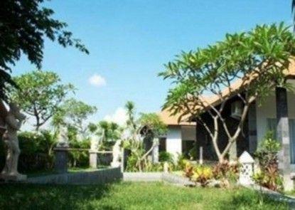 Nadia Pansion & Cottages Eksterior