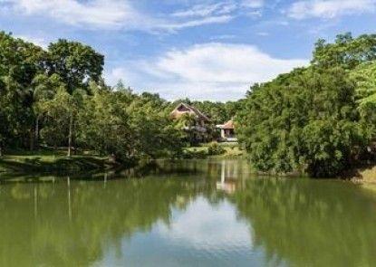 Nai Harn Baan-Bua Villas