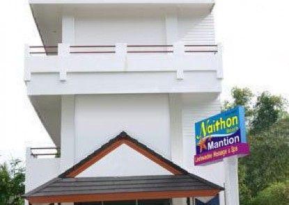 Naithon Beach Mansion