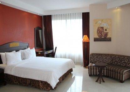 NAM Center Hotel