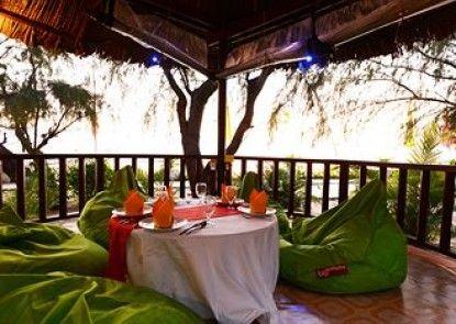 Nataya Roundhouse Coral Bay Resort and Spa