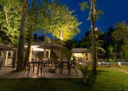 Natura Resort