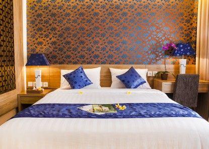 Natya Hotel Kuta Kamar Tamu