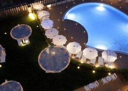 Nautilus Family Hotel