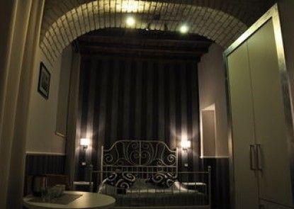 Navona Nice Room