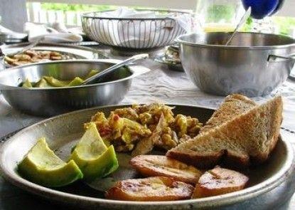 Neita\'s Nest - Jamaican Bed & Breakfast