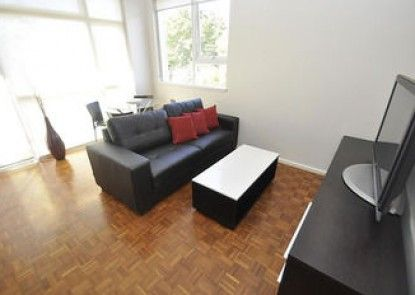 Neutral Bay 9 Bent Furnished Apartment