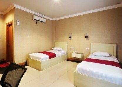 New Raja Residence Teras
