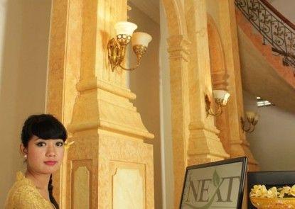Next Tuban Bali Hotel Penerima Tamu