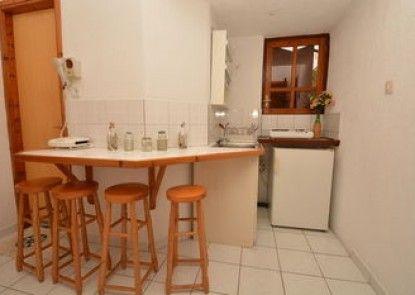 Nina Apartments