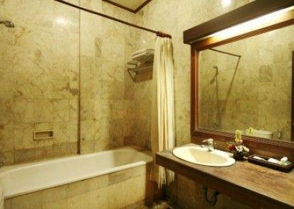 Nirmala Hotel Jimbaran Kamar Mandi
