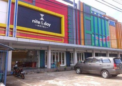 Nite & Day Hotel Melawi - Nanga Pinoh Eksterior