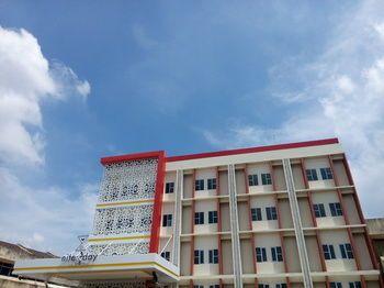 Nite & Day Batam Jodoh Square, Batam
