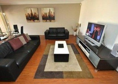 North Ryde 37 Cull Furnished Apartment