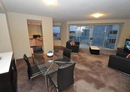 North Sydney 2207 Ber Furnished Apartment