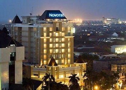 Novotel Semarang Teras