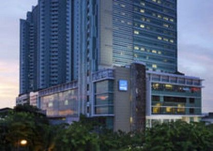 Novotel Jakarta Gajah Mada Teras
