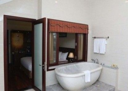 Nui Than Tai- Ebisu Onsen Resort Da Nang