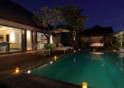 Nunia  Boutique Private Villas Kolam Renang