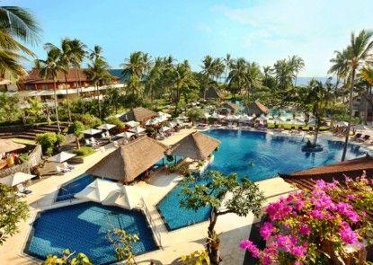 Nusa Dua Beach Hotel & Spa Kolam Renang
