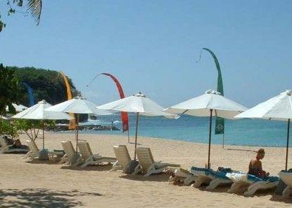 Nusa Dua Beach Hotel & Spa Pantai