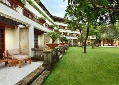 Nusa Dua Beach Hotel & Spa Taman