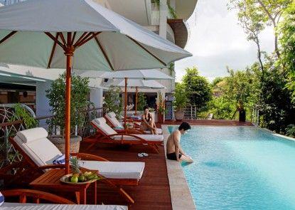 Nusa Dua Retreat Boutique Villa Resort and Spa Kolam Renang