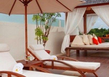 Nusa Dua Retreat Boutique Villa Resort and Spa Teras