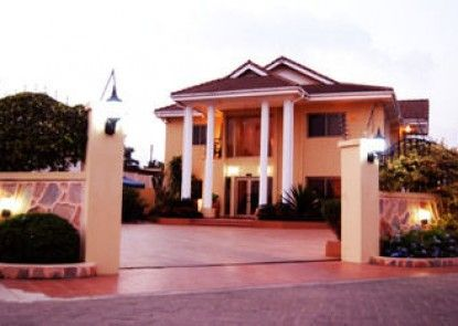 Oak Plaza Hotel East Legon