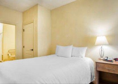 O\'Fallon Suites Hotel