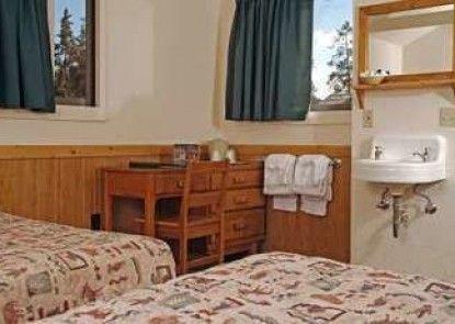 Old Faithful Lodge Cabin