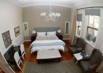 Oleander Guest House