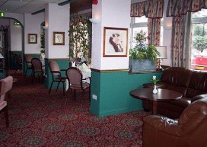 Oliver Cromwell Hotel