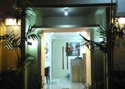 Omah Denaya Hotel Pintu Masuk