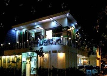 Omah Denaya Hotel Eksterior