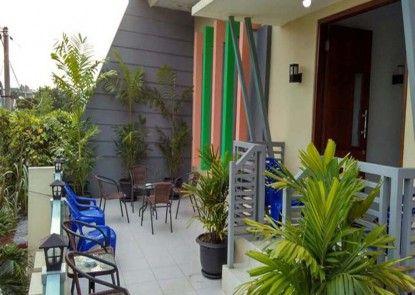 Omah Denaya Hotel Teras