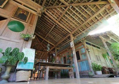 Omah Lila Interior