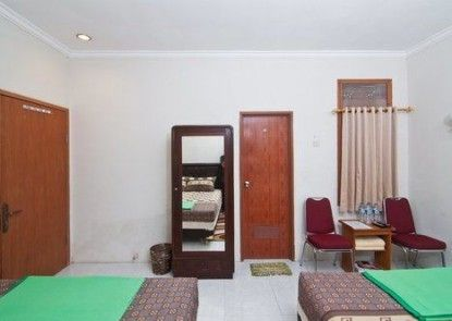 Omah Sabah Bed and Breakfast